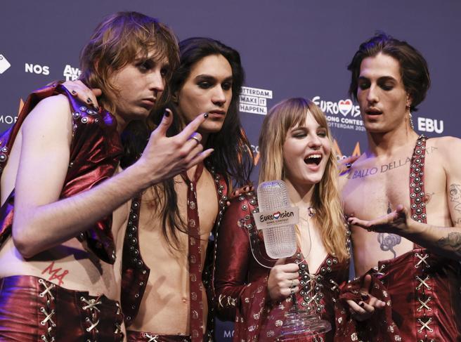 MANESKIN VINCITORI DELL'ESC 2021. Finalmente dopo la bellezza di 31 anni, i Maneskin riportano l'Italia in trionfo all'Eurovision Song Contest.